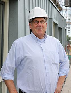 Nick Boehlee, directeur De Felsfabriek, specialist in laagfels metalen gevel- en dakbedekking